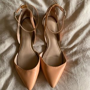 Peach and Tan Enzo Angiolini Flats, size 7